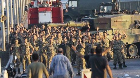 Figuras militares han indicado que los rebeldes forman parte de un pequeño grupo dentro de la Primera Armada, con sede en Estambul. GETTY
